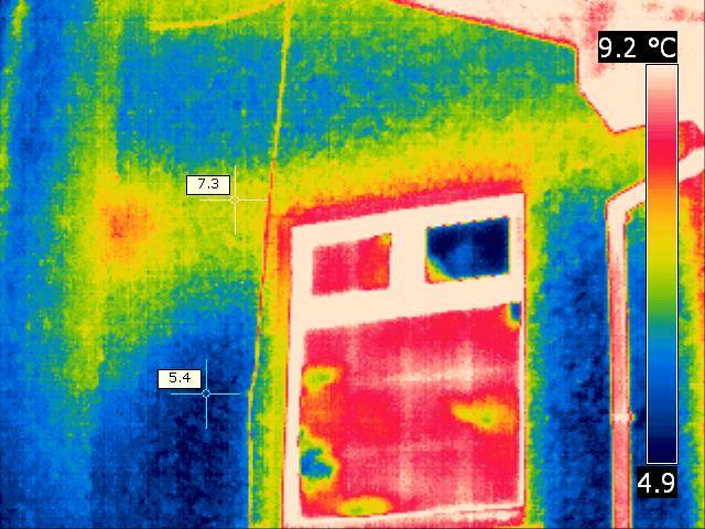 Thermal Imaging showing thermal bridge above window